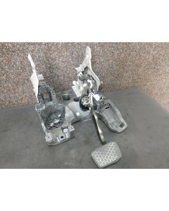 Orig. Opel Insignia 2.0 CDTI Bremspedal Pedalblock Automatik Pedalwerk 13219223